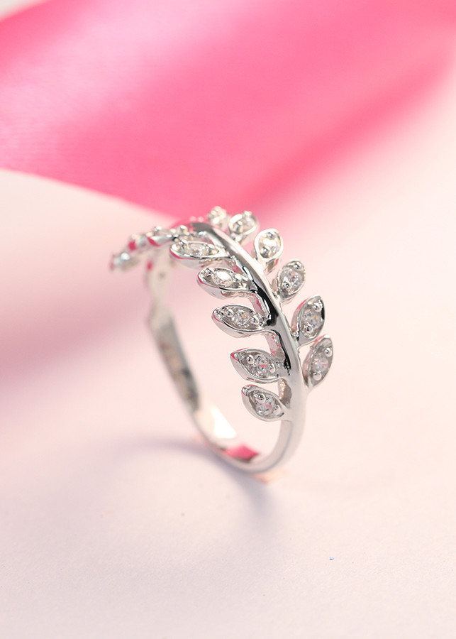 Nhẫn bạc nữ đẹp hình chiếc lá nguyệt quế NN0199 - 840331 , 4755098287937 , 62_12592984 , 380000 , Nhan-bac-nu-dep-hinh-chiec-la-nguyet-que-NN0199-62_12592984 , tiki.vn , Nhẫn bạc nữ đẹp hình chiếc lá nguyệt quế NN0199