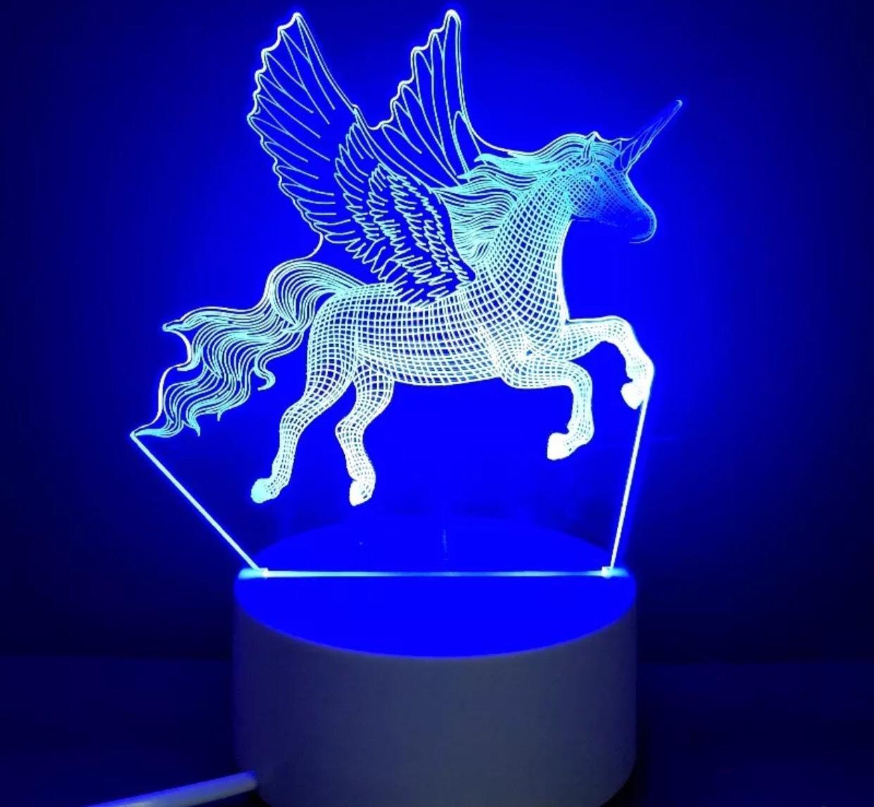 Đèn ngủ 3D hình con ngựa - 7425463 , 6735381136133 , 62_15467603 , 270000 , Den-ngu-3D-hinh-con-ngua-62_15467603 , tiki.vn , Đèn ngủ 3D hình con ngựa
