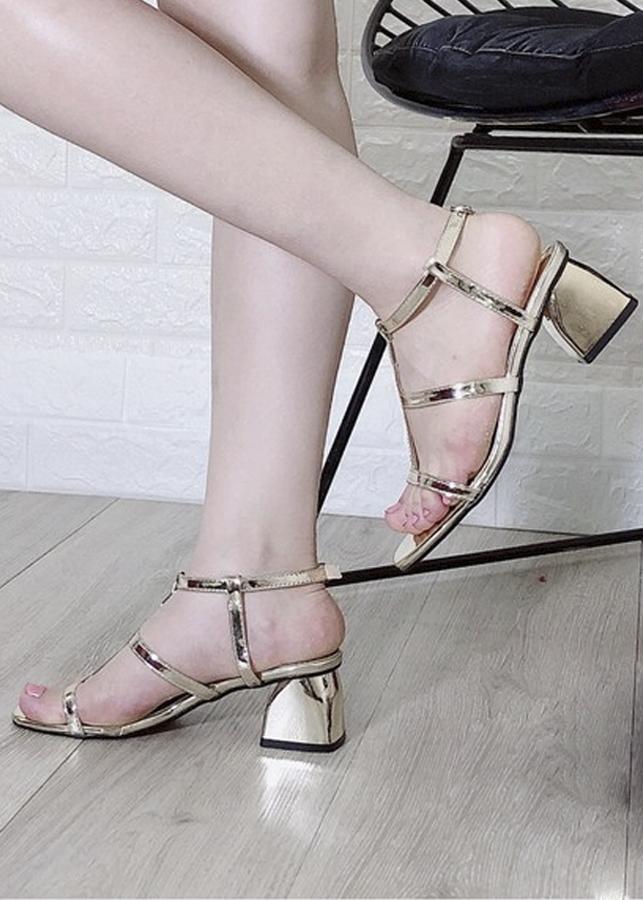 Giày Sandal Cao Gót Vuông Cao 5cm - 2378615 , 9641590247379 , 62_15731329 , 350000 , Giay-Sandal-Cao-Got-Vuong-Cao-5cm-62_15731329 , tiki.vn , Giày Sandal Cao Gót Vuông Cao 5cm