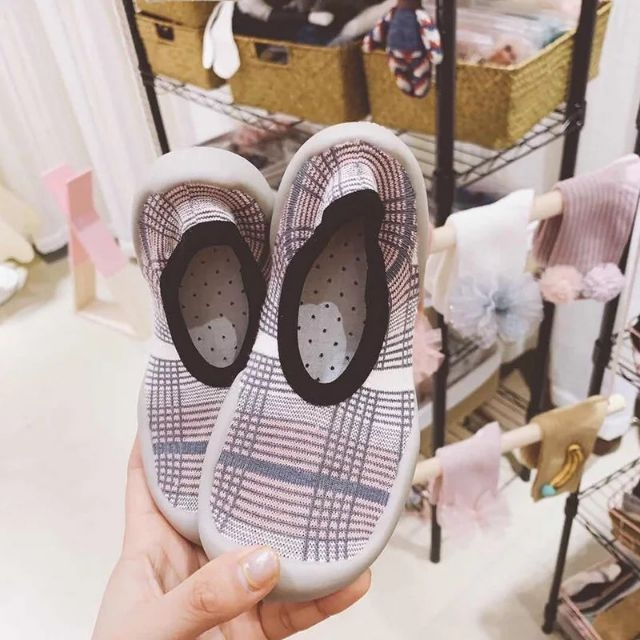 giày tập đi silicon siêu mềm phiên bảng 2019