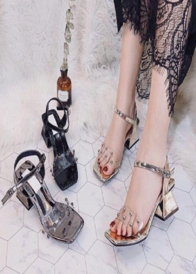 Giày sandal nữ quai trong bản hạt ngọc Windy