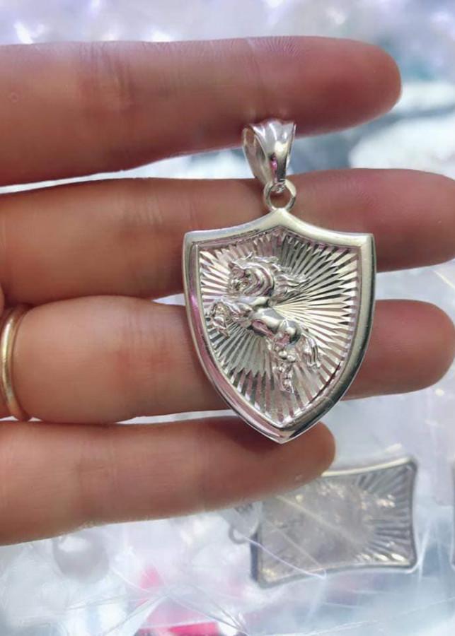 Mặt dây chuyền bạc nam hình con ngựa, chất liệu bạc ta cao cấp. Bạc BSJ - MDN007 - 1839946 , 2014745385375 , 62_13821926 , 550000 , Mat-day-chuyen-bac-nam-hinh-con-ngua-chat-lieu-bac-ta-cao-cap.-Bac-BSJ-MDN007-62_13821926 , tiki.vn , Mặt dây chuyền bạc nam hình con ngựa, chất liệu bạc ta cao cấp. Bạc BSJ - MDN007