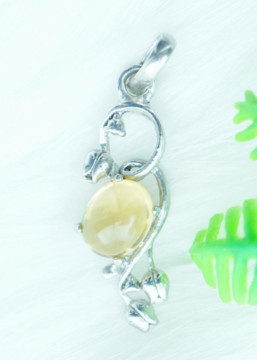 Mặt dây chuyền đá citrine thạch anh vàng tự nhiên kiểu hoa tulip MC10