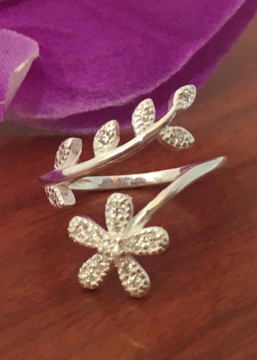 Nhẫn nữ hoa năm cánh free size bạc 925 cao cấp trang sức bạc QTJ - NU94(BẠC)