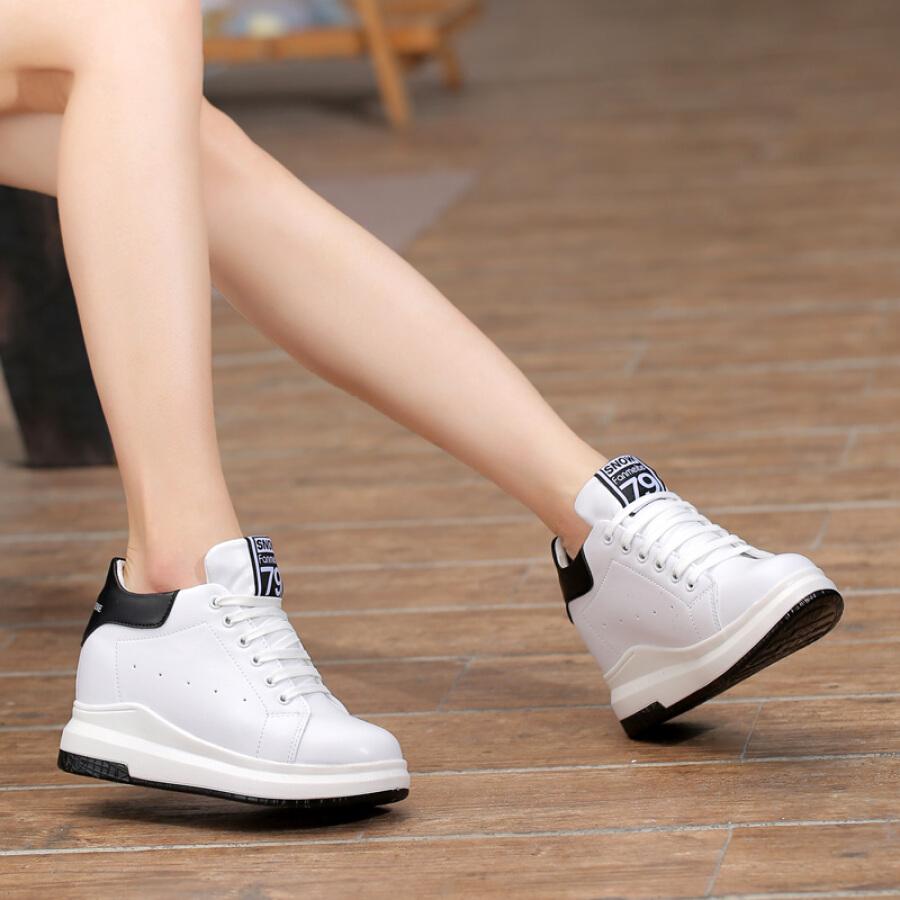 Giày Bánh Mì Nữ Độn Gót Hàn Quốc CARTELO KDLJDKP7901