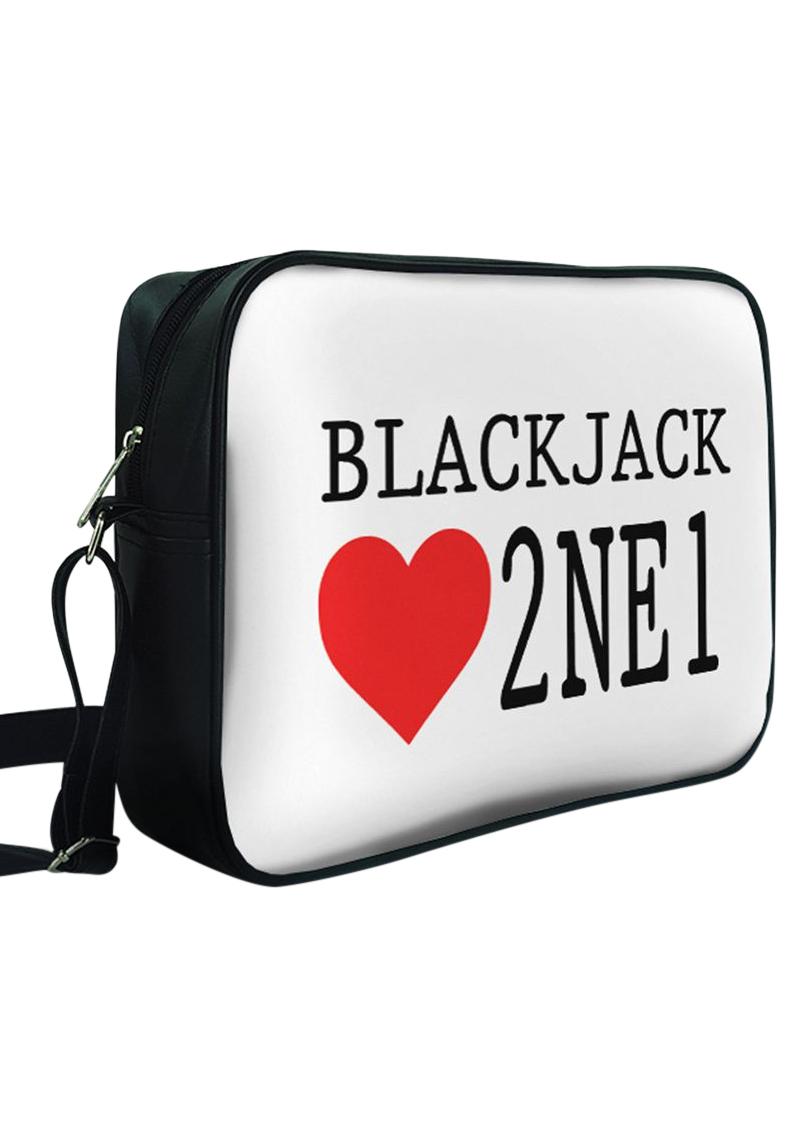 Túi Đeo Chéo Hộp Unisex In Hình Blackjack Love 2NE1 - TCKK045 - 1435931 , 3383549105823 , 62_8392695 , 240000 , Tui-Deo-Cheo-Hop-Unisex-In-Hinh-Blackjack-Love-2NE1-TCKK045-62_8392695 , tiki.vn , Túi Đeo Chéo Hộp Unisex In Hình Blackjack Love 2NE1 - TCKK045