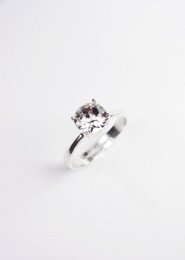 Nhẫn bạc nữ hỡ size đính pha lê Swarovski Crystal KEELY VALDA NBN01 - 1862616 , 1351526242139 , 62_14124808 , 300000 , Nhan-bac-nu-ho-size-dinh-pha-le-Swarovski-Crystal-KEELY-VALDA-NBN01-62_14124808 , tiki.vn , Nhẫn bạc nữ hỡ size đính pha lê Swarovski Crystal KEELY VALDA NBN01