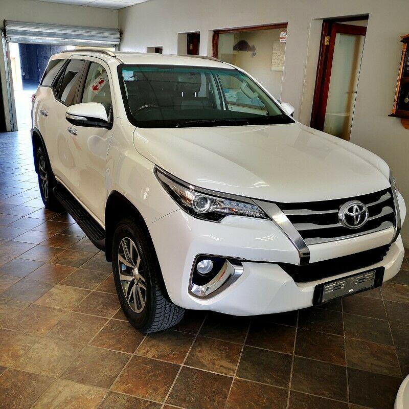 Thuê xe du lịch từ sân bay Suvarnabhumi - Hua Hin/Xe SUV