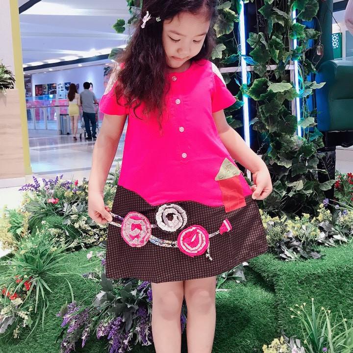 Đầm bé gái thiêu hoa