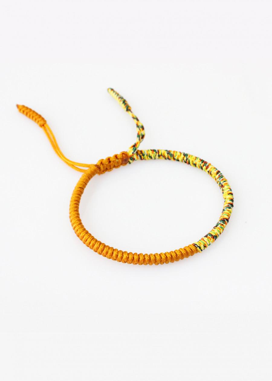 Vòng Tay Thắt Dây Ngũ Sắc Và Chỉ Màu Tibet Handmade R14 (Có Nhiều Màu Sắc Lựa Chọn) - 1937839 , 4907359871106 , 62_13306398 , 180000 , Vong-Tay-That-Day-Ngu-Sac-Va-Chi-Mau-Tibet-Handmade-R14-Co-Nhieu-Mau-Sac-Lua-Chon-62_13306398 , tiki.vn , Vòng Tay Thắt Dây Ngũ Sắc Và Chỉ Màu Tibet Handmade R14 (Có Nhiều Màu Sắc Lựa Chọn)