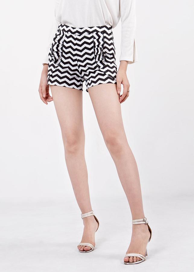 Quần Shorts Nữ Túi Phối Bèo Ninomaxx - Đen Phối Trắng