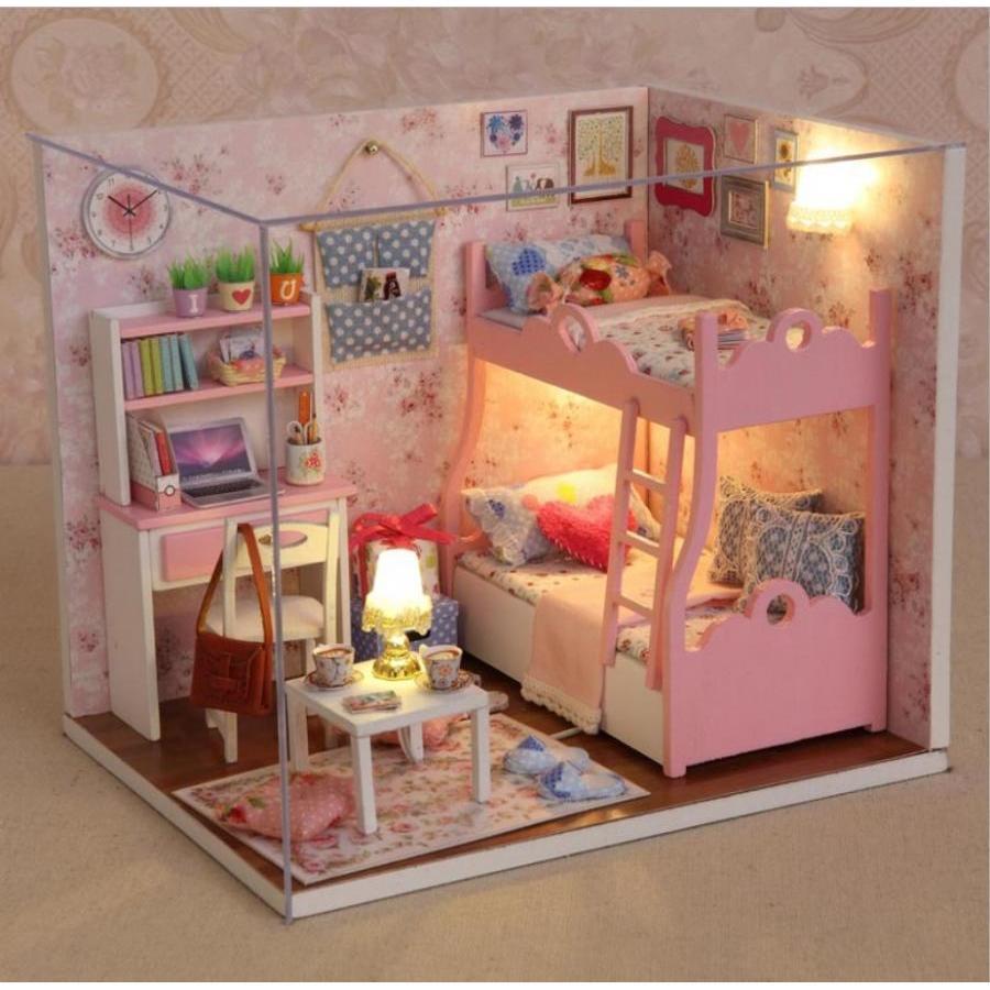 Mô hình nhà búp bê Cute Room - phòng ngủ cho bé gái MOOD OF LOVE (CÓ KÈM BÚP BÊ)