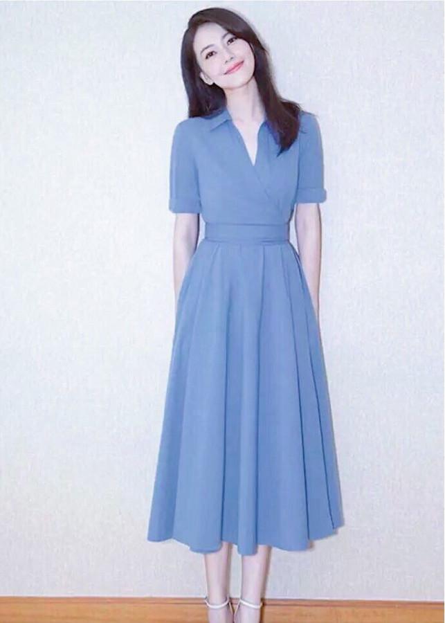 Đầm xanh form dài cổ bẻ - 7597116 , 7480036002279 , 62_17009700 , 200000 , Dam-xanh-form-dai-co-be-62_17009700 , tiki.vn , Đầm xanh form dài cổ bẻ