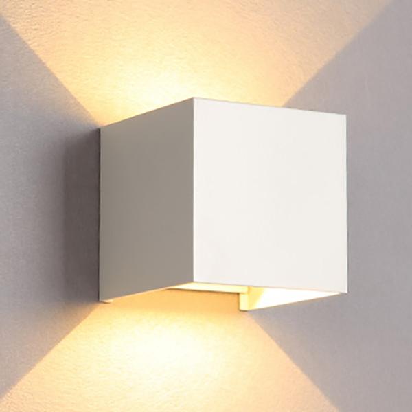 Đèn gắn tường ngoài trời hiện đại hình lập phương hắt 2 đầu ( điều chỉnh được hướng sáng). - 5059938 , 1940751628407 , 62_15779782 , 523000 , Den-gan-tuong-ngoai-troi-hien-dai-hinh-lap-phuong-hat-2-dau-dieu-chinh-duoc-huong-sang.-62_15779782 , tiki.vn , Đèn gắn tường ngoài trời hiện đại hình lập phương hắt 2 đầu ( điều chỉnh được hướng sáng)