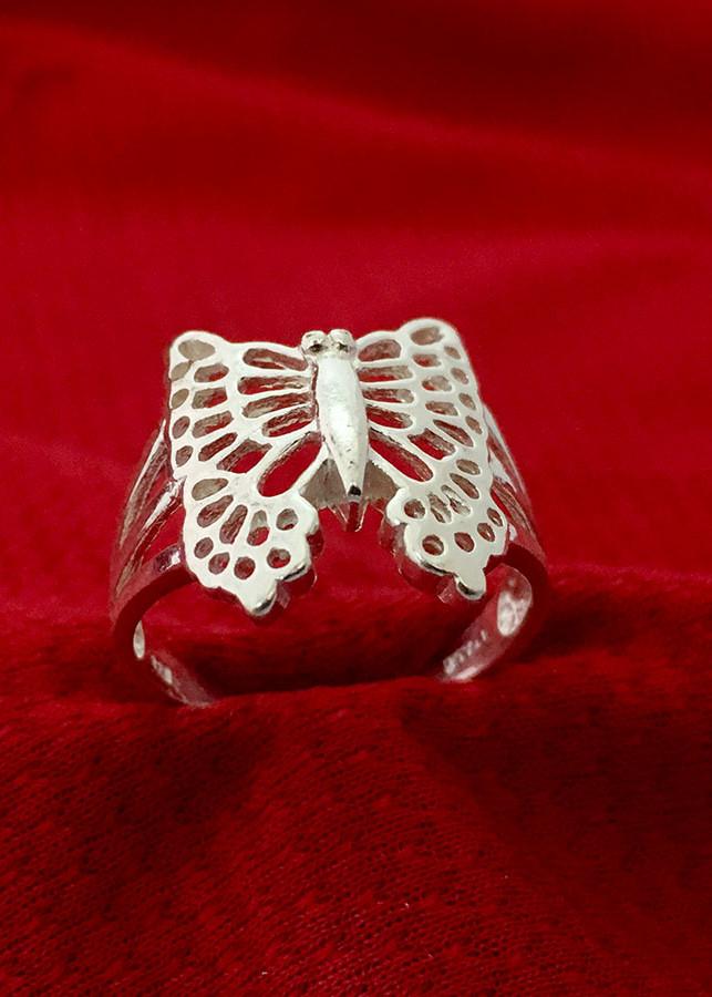 Nhẫn nữ mặt con bướm bạc 925 cao cấp Bạc Quang Thản - NU39 (BẠC) - 1049965 , 4633167480611 , 62_6419217 , 219000 , Nhan-nu-mat-con-buom-bac-925-cao-cap-Bac-Quang-Than-NU39-BAC-62_6419217 , tiki.vn , Nhẫn nữ mặt con bướm bạc 925 cao cấp Bạc Quang Thản - NU39 (BẠC)