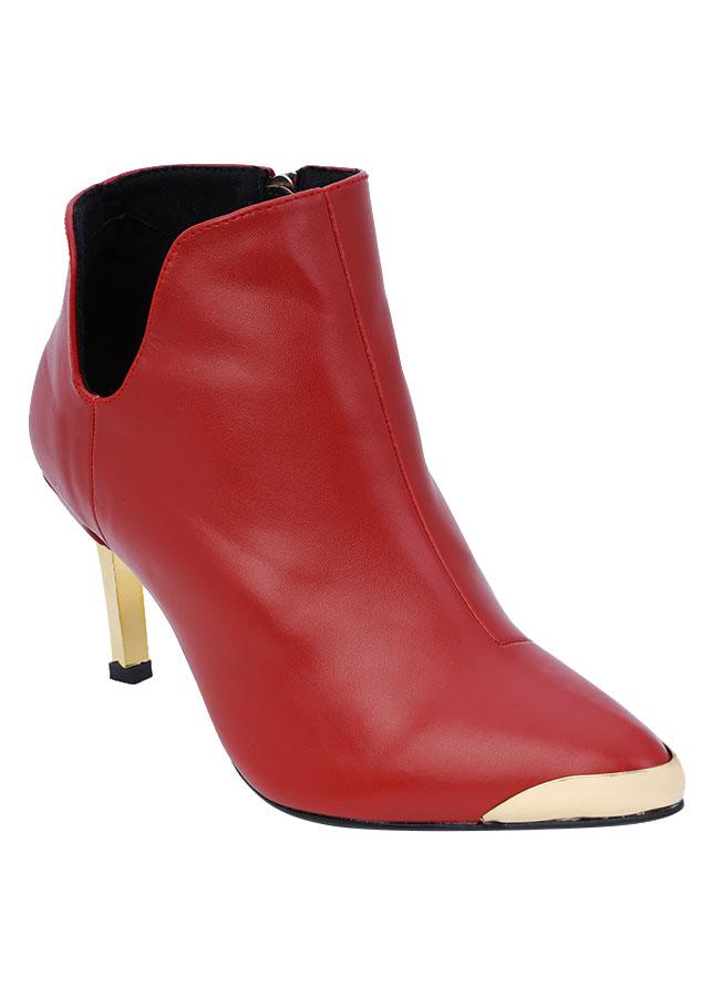 Giày Boot Nữ Cổ Thấp Chữ V Rosata RO37 - Đỏ - 9384691 , 4231654023749 , 62_11870576 , 780000 , Giay-Boot-Nu-Co-Thap-Chu-V-Rosata-RO37-Do-62_11870576 , tiki.vn , Giày Boot Nữ Cổ Thấp Chữ V Rosata RO37 - Đỏ