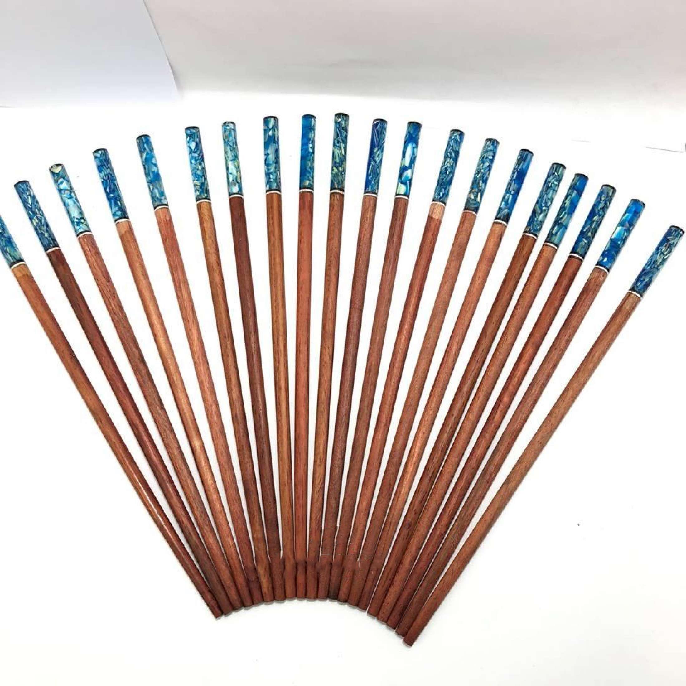 Đũa ăn gỗ Cẩm lai đầu tròn khảm ỐC biển Xanh 10 đôi