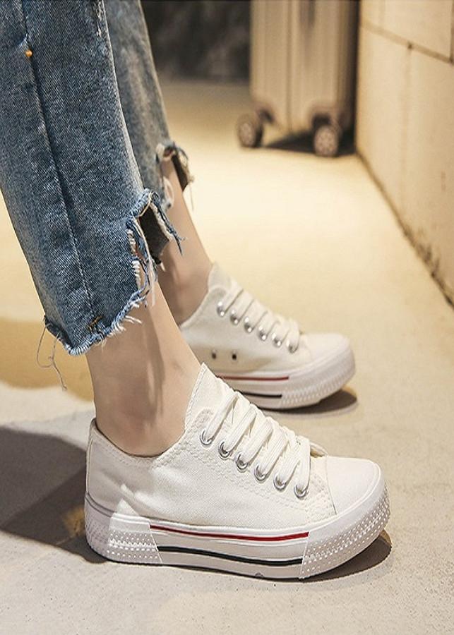 Giày sneaker nam đế cao su phong cách cổ điển - 5179891 , 3252181555450 , 62_17008394 , 1700000 , Giay-sneaker-nam-de-cao-su-phong-cach-co-dien-62_17008394 , tiki.vn , Giày sneaker nam đế cao su phong cách cổ điển