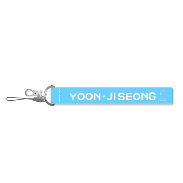 Móc khóa Wannaone Yoon Jiseong nametag Wannaone xanh dương - 1472167 , 2666451959878 , 62_10366947 , 60000 , Moc-khoa-Wannaone-Yoon-Jiseong-nametag-Wannaone-xanh-duong-62_10366947 , tiki.vn , Móc khóa Wannaone Yoon Jiseong nametag Wannaone xanh dương