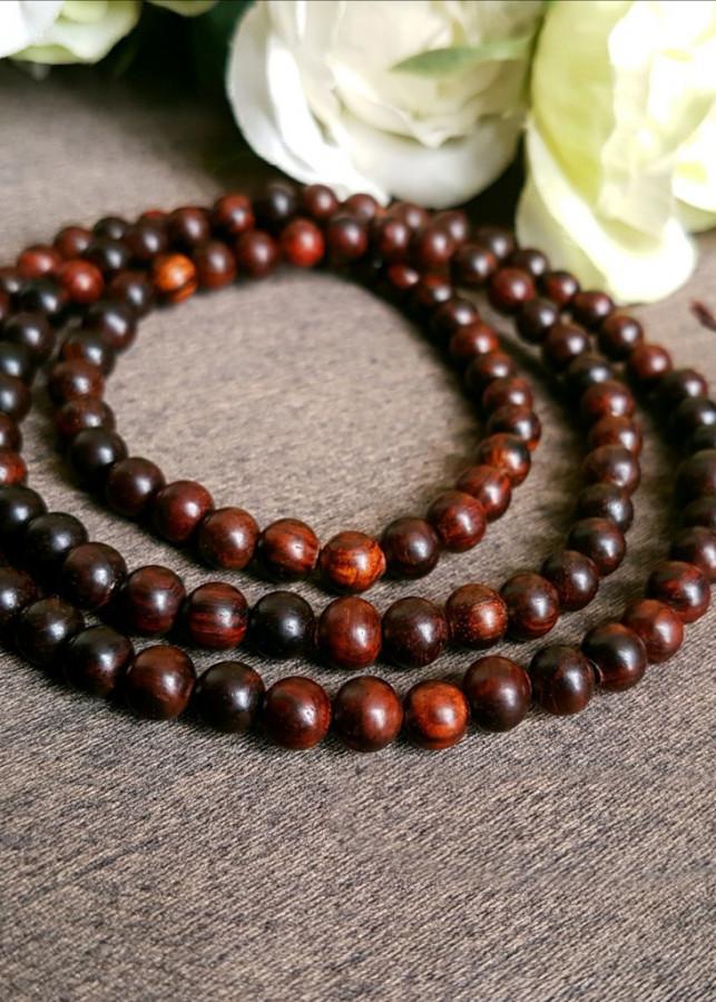Chuỗi vòng tay 108 hạt gỗ sưa đỏ loại 8-10 ly nam nữ đều đeo đẹp - 15658916 , 9759362899371 , 62_20286172 , 590000 , Chuoi-vong-tay-108-hat-go-sua-do-loai-8-10-ly-nam-nu-deu-deo-dep-62_20286172 , tiki.vn , Chuỗi vòng tay 108 hạt gỗ sưa đỏ loại 8-10 ly nam nữ đều đeo đẹp