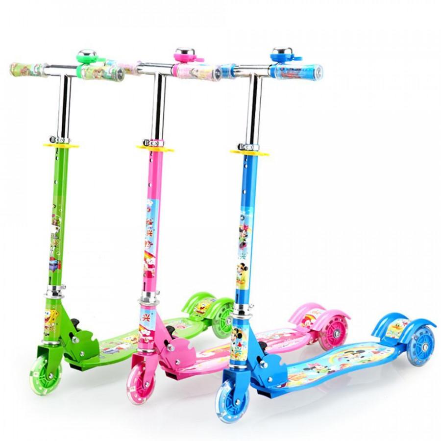 Xe trượt scooter 3 bánh phát sáng, có chuông cho bé (giao màu ngẫu nhiên) - 4851430 , 4906913106470 , 62_16235250 , 590000 , Xe-truot-scooter-3-banh-phat-sang-co-chuong-cho-be-giao-mau-ngau-nhien-62_16235250 , tiki.vn , Xe trượt scooter 3 bánh phát sáng, có chuông cho bé (giao màu ngẫu nhiên)