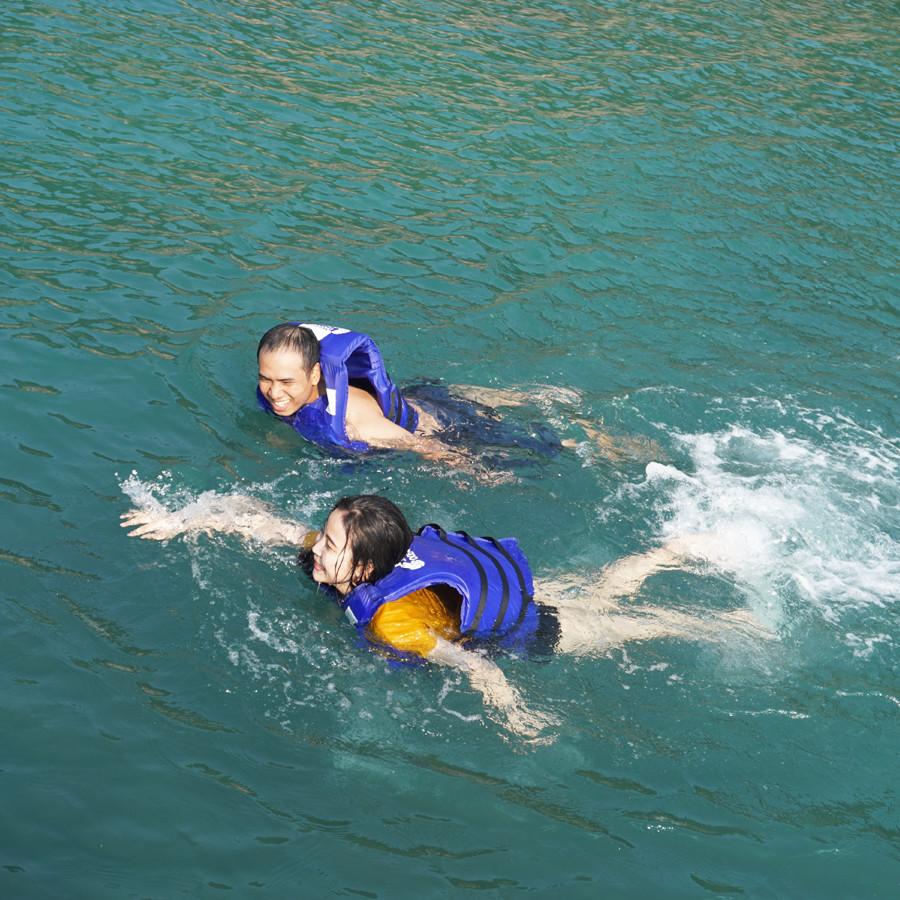 Tour lặn ngắm san hô sơn Trà không ăn đón bãi Rạng