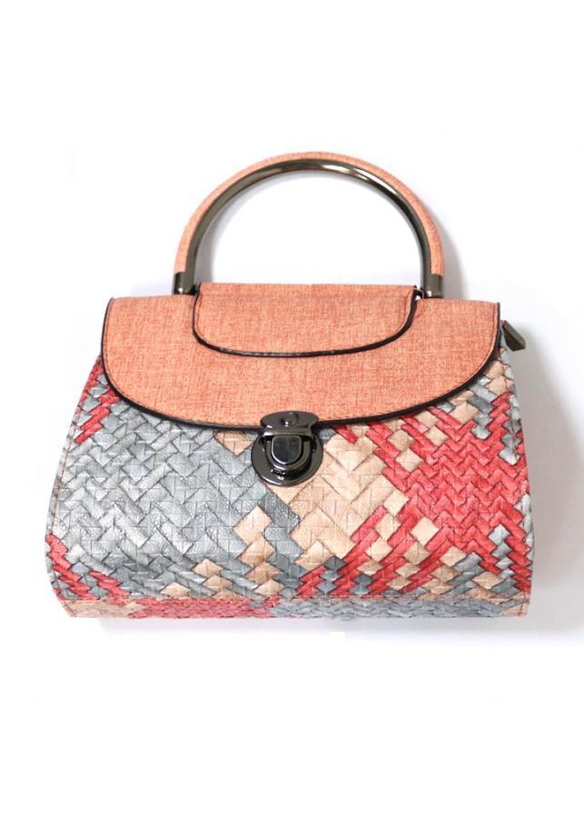 Túi vuông đeo chéo nữ đan độc đáo TUI