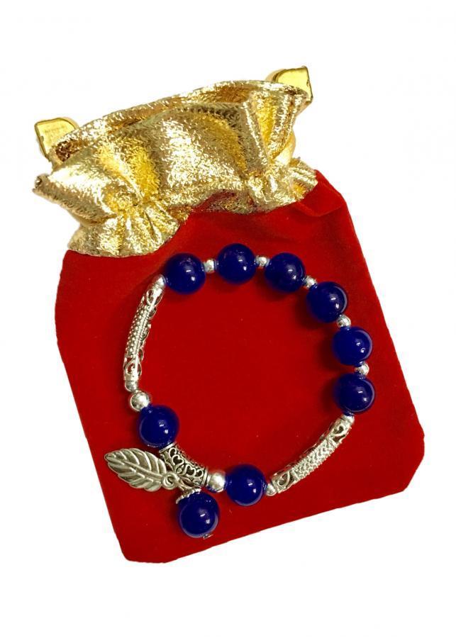 Lắc tay nữ hạt châu phủ màu xanh dương đậm phối họa tiết lá màu bạc may mắn LT012 (cỡ hạt 10li, có kèm túi...