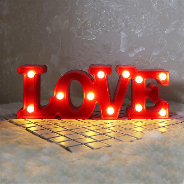 Đèn Led 3D trang trí chữ LOVE - Màu Đỏ