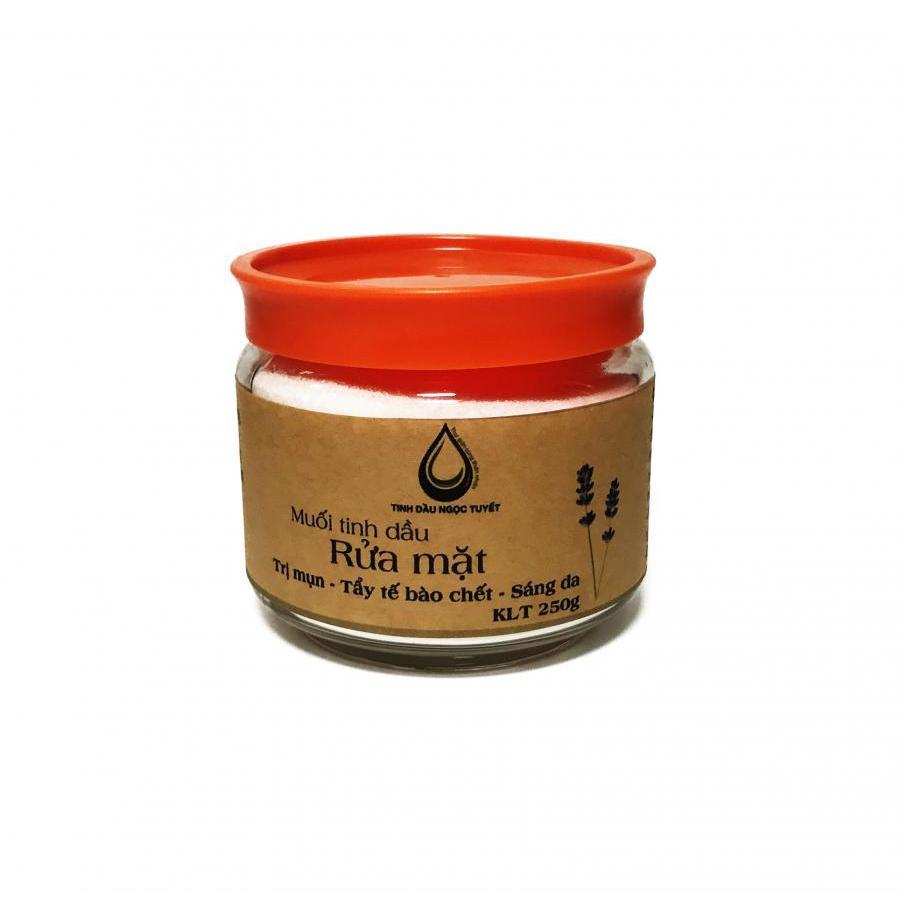 Muối rửa mặt tinh dầu oải hương làm mịn da, sáng da, trị mụn, trị thâm, nám Ngọc Tuyết 250gr