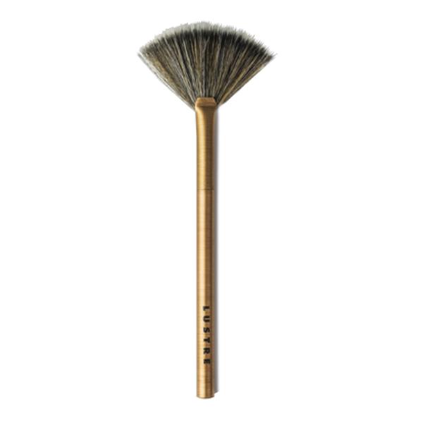 Cọ Quạt Lustre Pro Makeup Brush - Fan Brush - Gold Edition F104