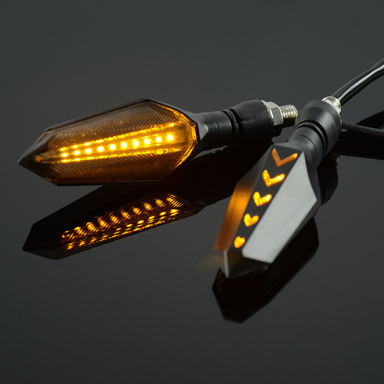 Combo2 Đèn xi nhanh cho xe máy (tặng kèm 1 sản phẩm ngẫu nhiên) - 18621345 , 5174170092020 , 62_22414193 , 288000 , Combo2-Den-xi-nhanh-cho-xe-may-tang-kem-1-san-pham-ngau-nhien-62_22414193 , tiki.vn , Combo2 Đèn xi nhanh cho xe máy (tặng kèm 1 sản phẩm ngẫu nhiên)