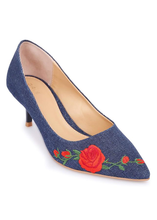 Giày Cao Gót Girlie Mũi Nhọn Thêu Hoa S35602-Xanh Dương