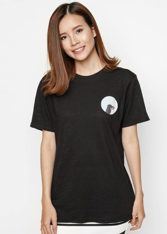 Áo Thun Nữ Logo Pet Lovers - Chó Side Dachshund SuviM100916029 - Đen