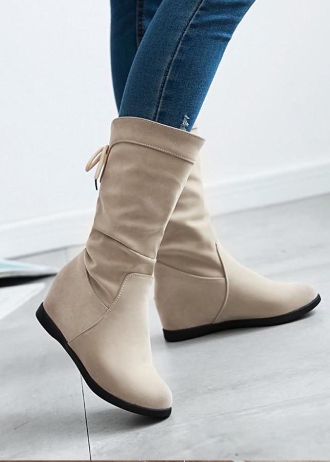Giày boot nữ cổ lửng da nhung màu kem dây rút GBN1002