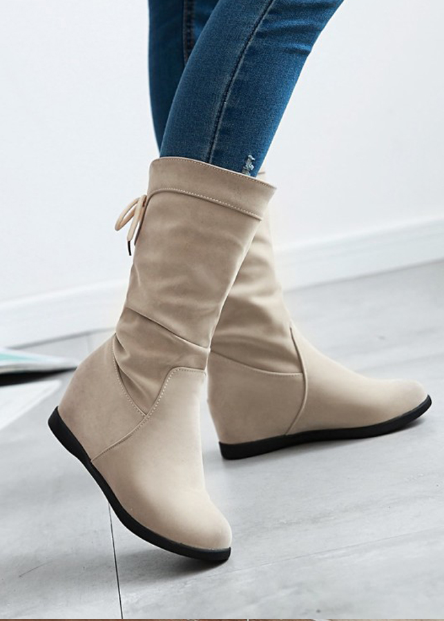 Giày boot nữ cổ lửng da nhung màu kem dây rút GBN1002 - 1072284 , 2933086166378 , 62_6663949 , 560000 , Giay-boot-nu-co-lung-da-nhung-mau-kem-day-rut-GBN1002-62_6663949 , tiki.vn , Giày boot nữ cổ lửng da nhung màu kem dây rút GBN1002