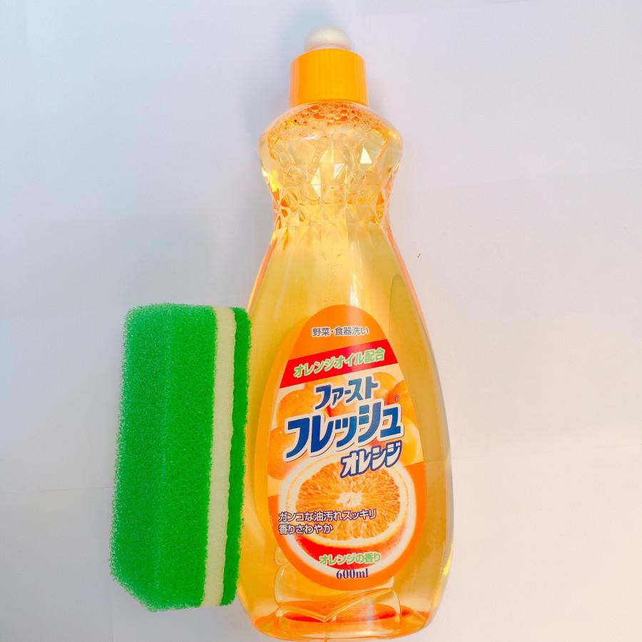 Combo 01 chai nước rửa chén Daiichisekken tinh chất cam( 600ml)  + 01 miếng rửa chén 3 lớp nhanh thoát nước Clean up