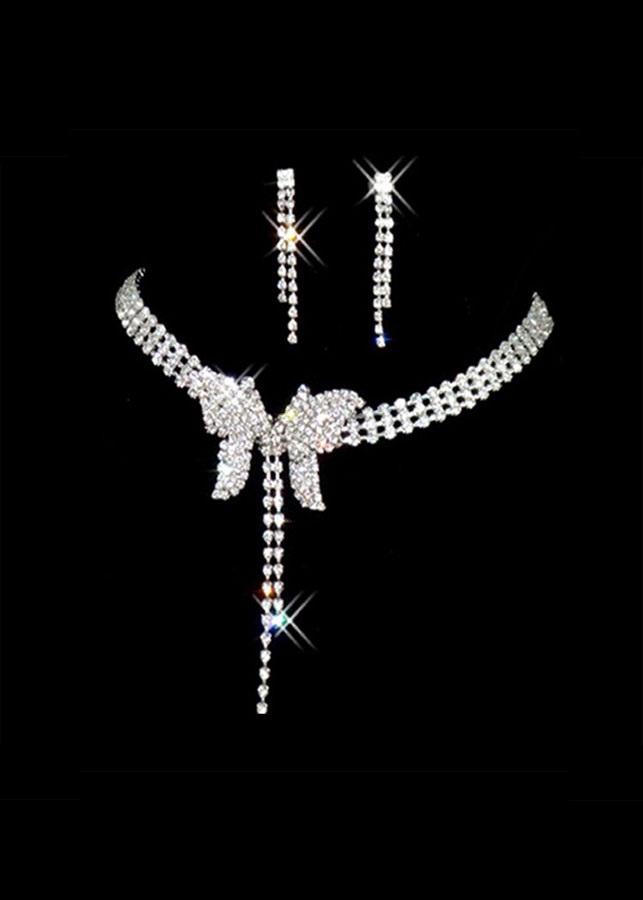 Bộ trang sức dạ tiệc cánh bướm xinh đẹp (Tặng mặt nạ thiên nhiên Dermal)