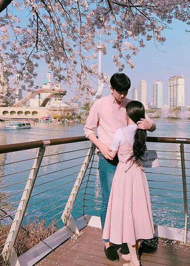 Bộ váy sơ mi cặp cao cấp hàn quốc, đồ đôi nam nữ chất đẹp du lịch, chụp cưới màu hồng phấn AV178