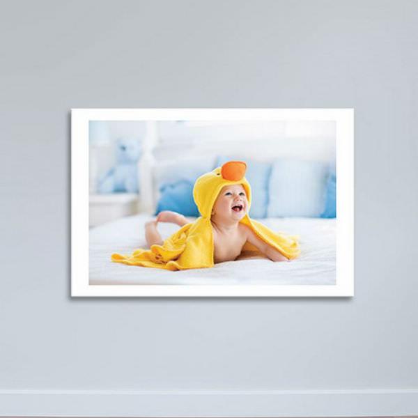 Tranh Trẻ Em Cười Tươi - Tranh Phòng Ngủ Canvas Có Viền W1168
