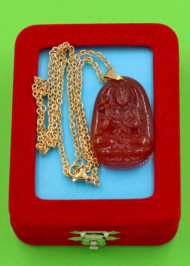 Dây chuyền Đại Thế Chí bồ tát - thạch anh đỏ 3.6cm DIVTOB4 - dây inox - kèm hộp nhung - tuổi Ngọ