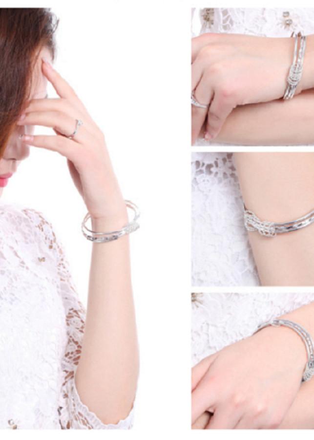 Vòng tay nữ đồng trắng mạ bạc 925 dầy phong cách sang trọng-vt217