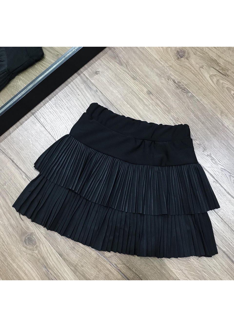 Chân váy dập ly xếp tầng có kèm quần xinh xắn