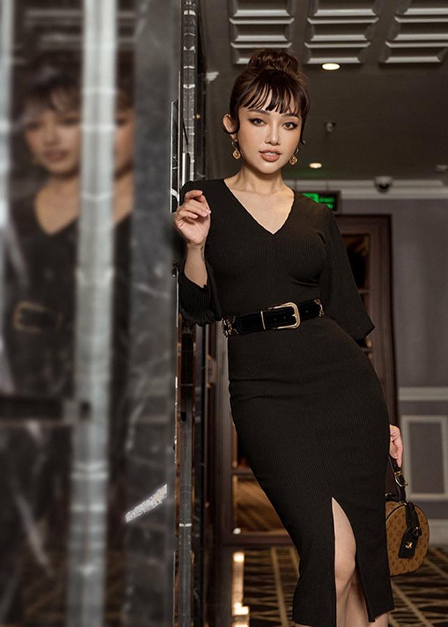 Đầm body (đầm ôm) tay dài xẻ tà DB2460