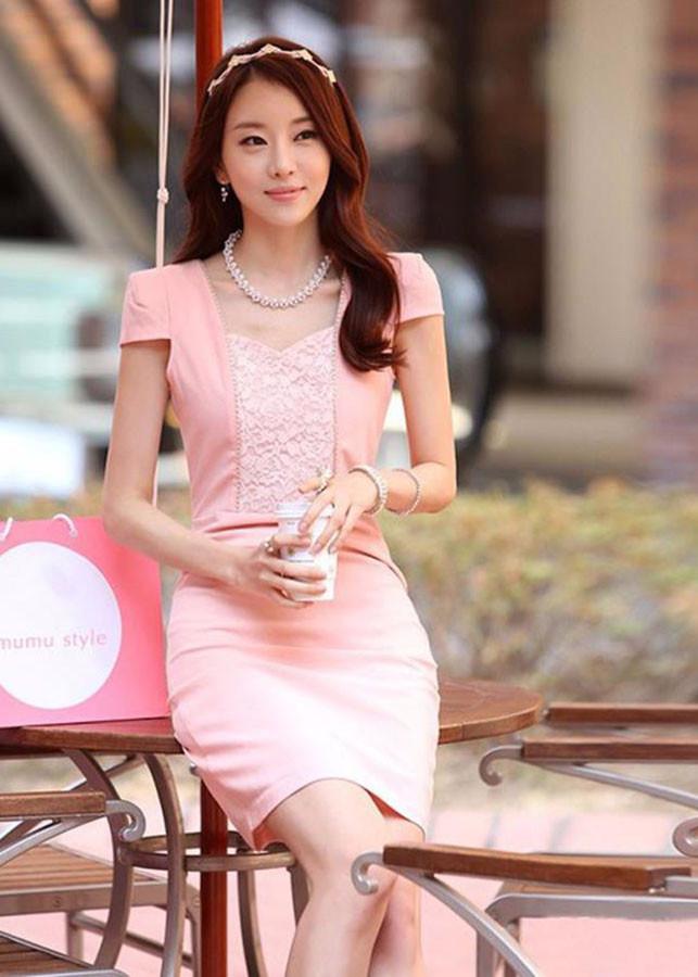 Đầm Hồng Phối Ren Ngực Duyên Dáng Korea TT - KRTT0095A