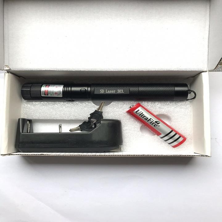 Bút Laser cầm tay chiếu xa SD303
