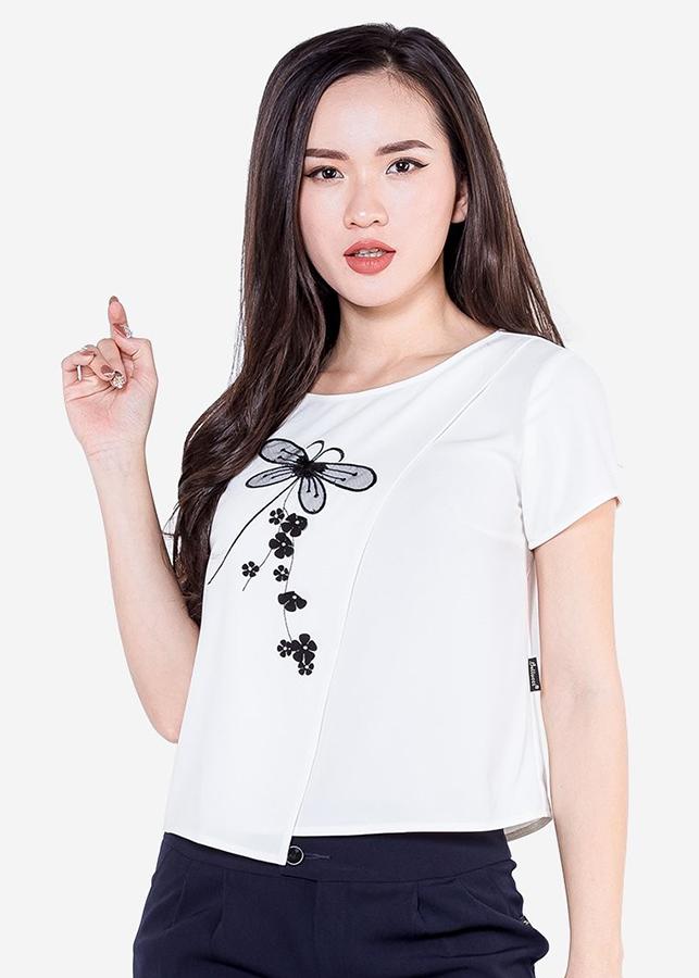 Áo Sơ Mi Nữ Vạt Lệch Thêu Chuồn Chuồn ADB1573TR - Trắng