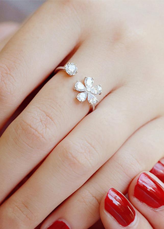 NH057 Nhẫn bạc Thái 925 bông hoa đính đá
