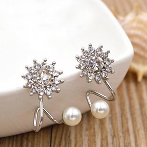 Women Sweet Rhinestone Faux Pearl Snowflake Ear Stud Earrings Jewelry Charm - 16637387 , 9086950015364 , 62_27283859 , 109000 , Women-Sweet-Rhinestone-Faux-Pearl-Snowflake-Ear-Stud-Earrings-Jewelry-Charm-62_27283859 , tiki.vn , Women Sweet Rhinestone Faux Pearl Snowflake Ear Stud Earrings Jewelry Charm