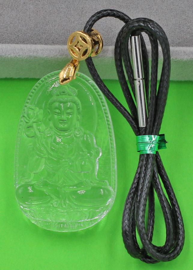 Vòng cổ Phật Đại Thế Chí thủy tinh trong 3.6 cm DFBTT4